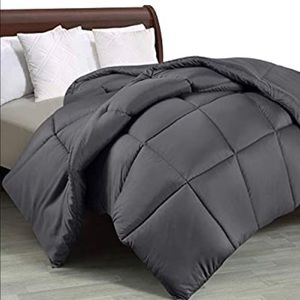 Twin Sized Bed Comforter